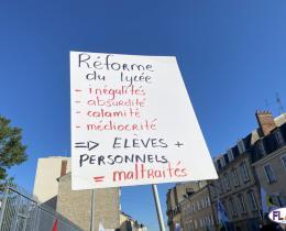 Limoges : Les enseignants rassemblés devant le Rectorat de l'Académie